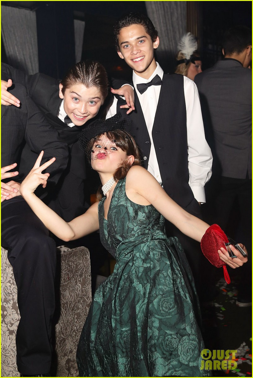 hailee steinfeld joey king olivia holts sweet 16 022923048