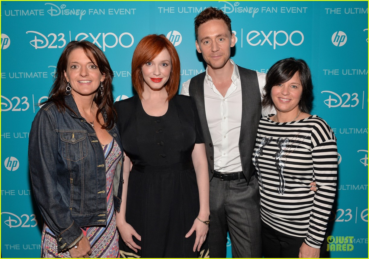 tom hiddletston christina hendricks the pirate fairy at disney d23 expo 02