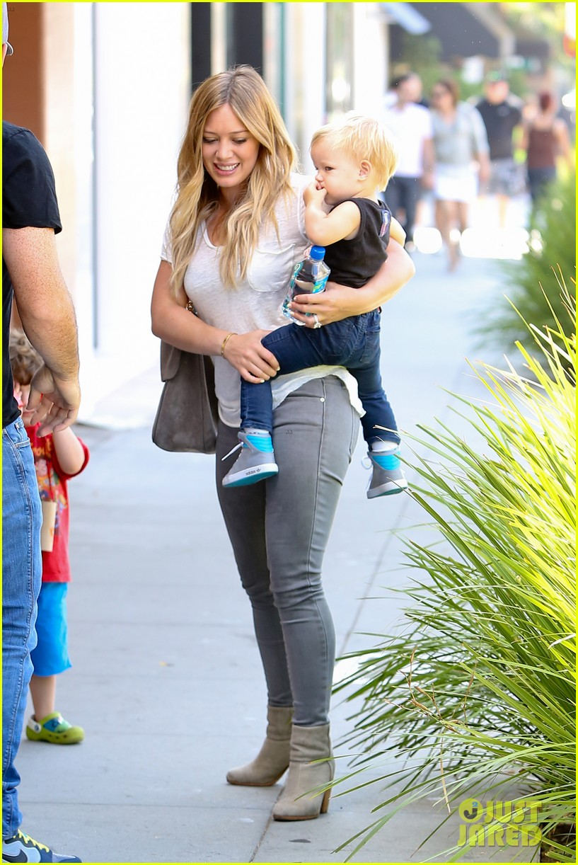 hilary duff mike comrie we definitely want more kids 07