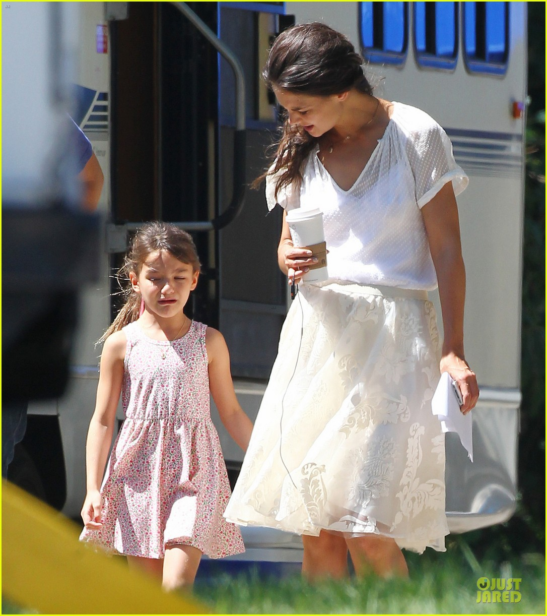 katie holmes white wedding dress on miss meadows set 05