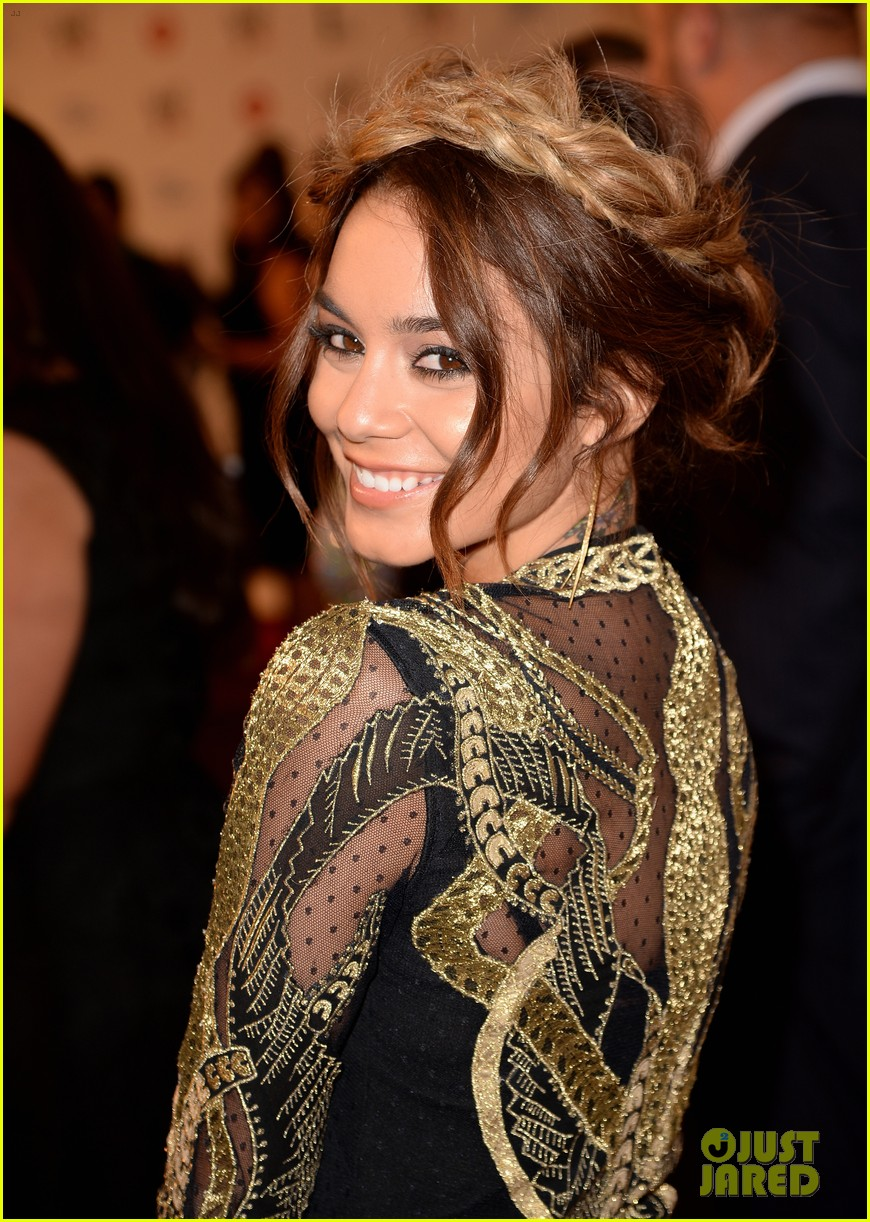 vanessa hudgens wwe superstars for hope event 102931165