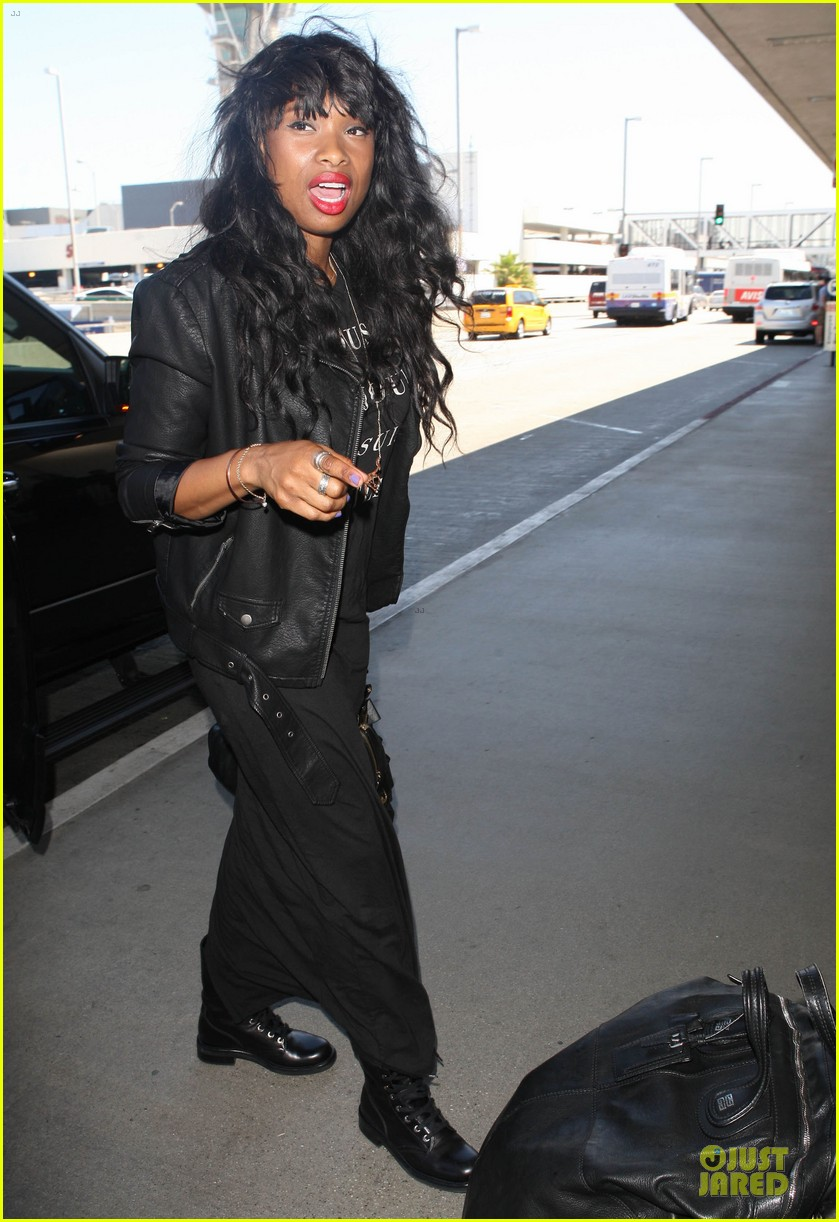 jennifer hudson promotes education with school supplies 012936789