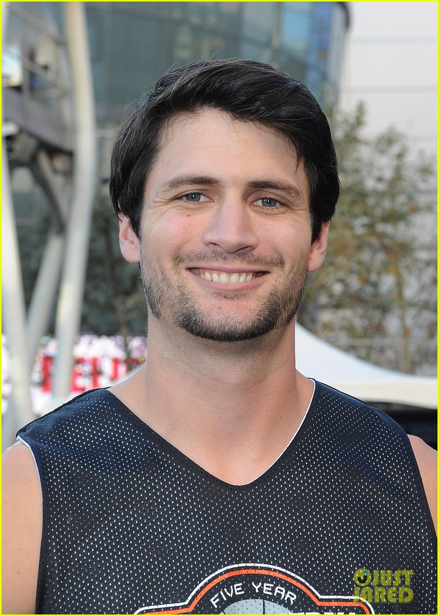 josh hutcherson james lafferty sbnn basketball game 022927166