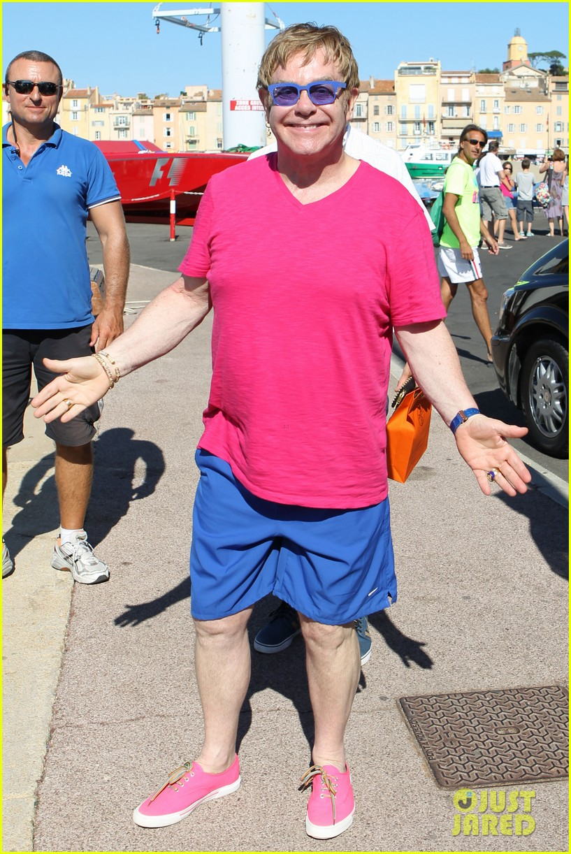 elton john vacations after appendicitis recovery 08