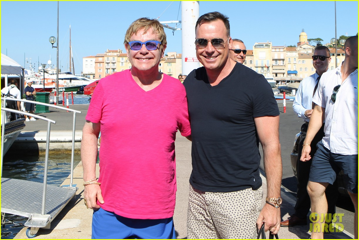 elton john vacations after appendicitis recovery 13