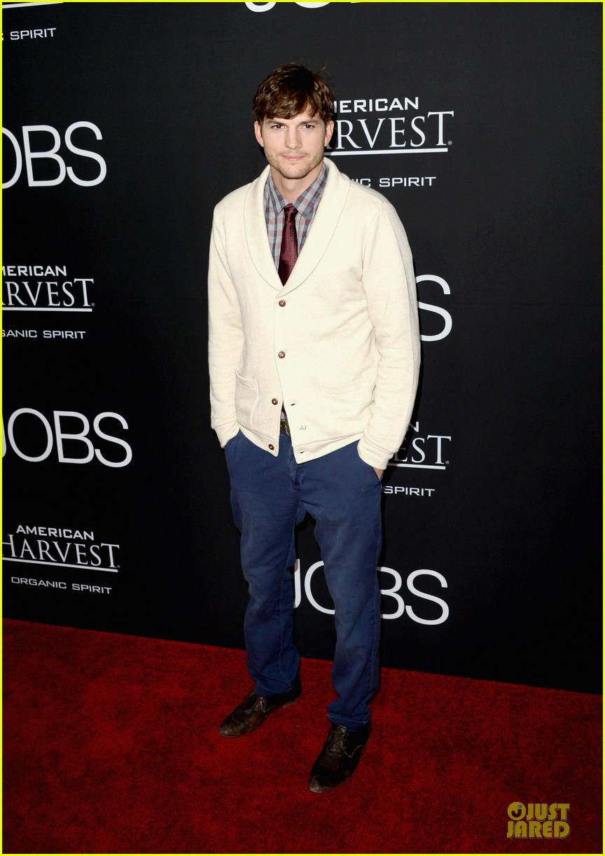 ashton kutcher ahna oreilly jobs la screening 01