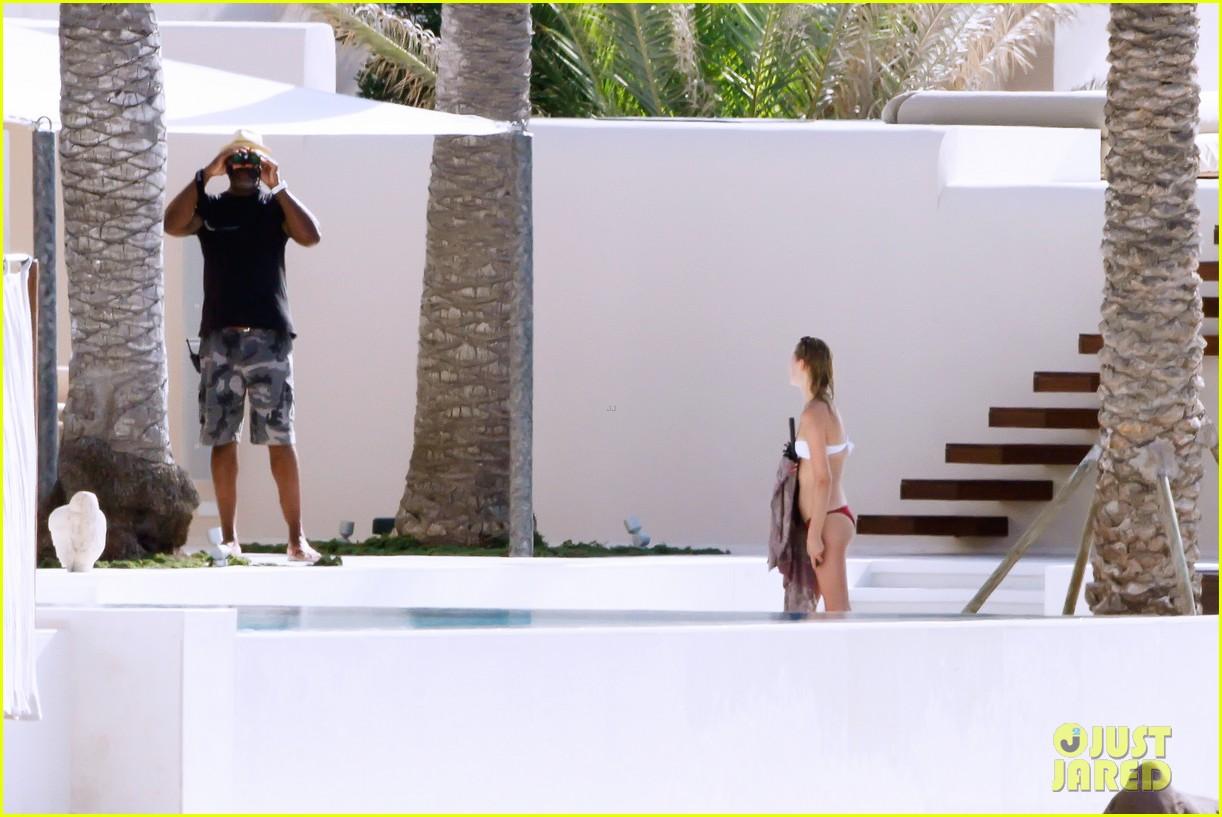 leonardo dicaprio bikini clad toni garrn vacation in ibiza 232924939