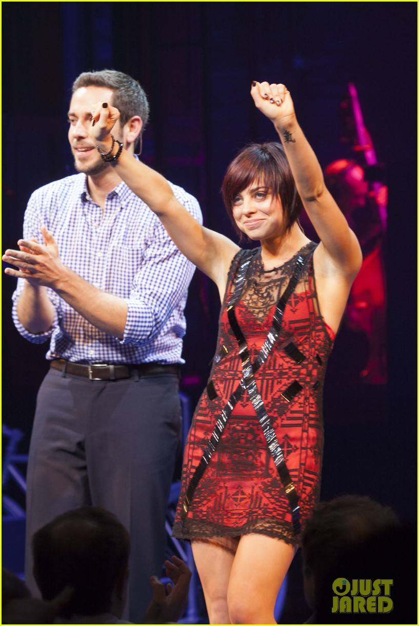 zachary levi krysta rodriguez first date opening night 05