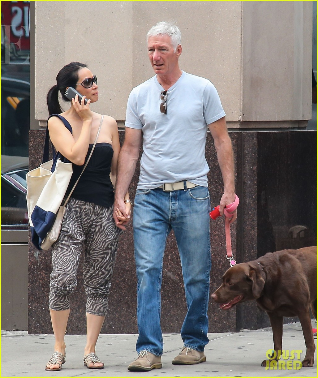 lucy liu new boyfriend hold hands in new york city 01