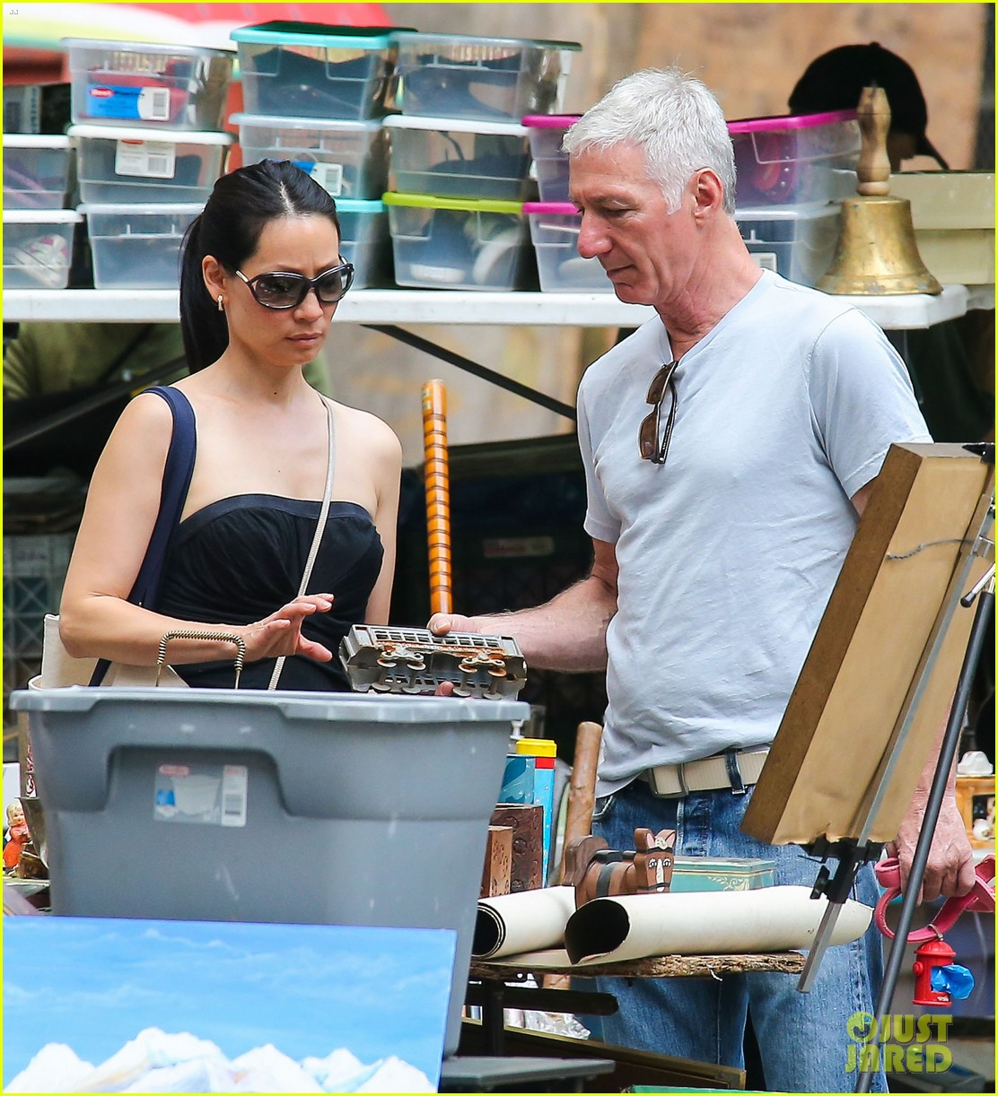 lucy liu new boyfriend hold hands in new york city 122932382