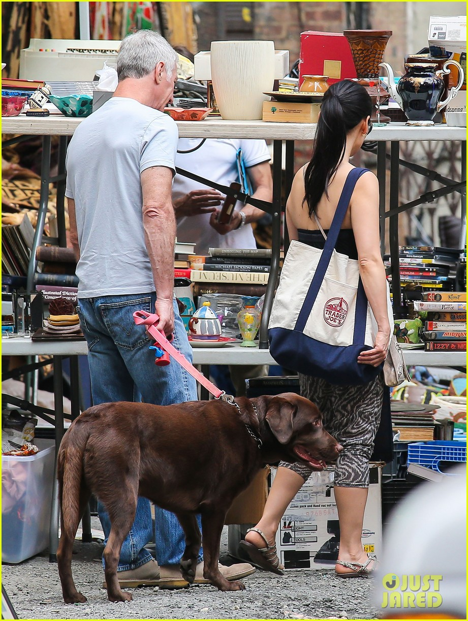 lucy liu new boyfriend hold hands in new york city 13