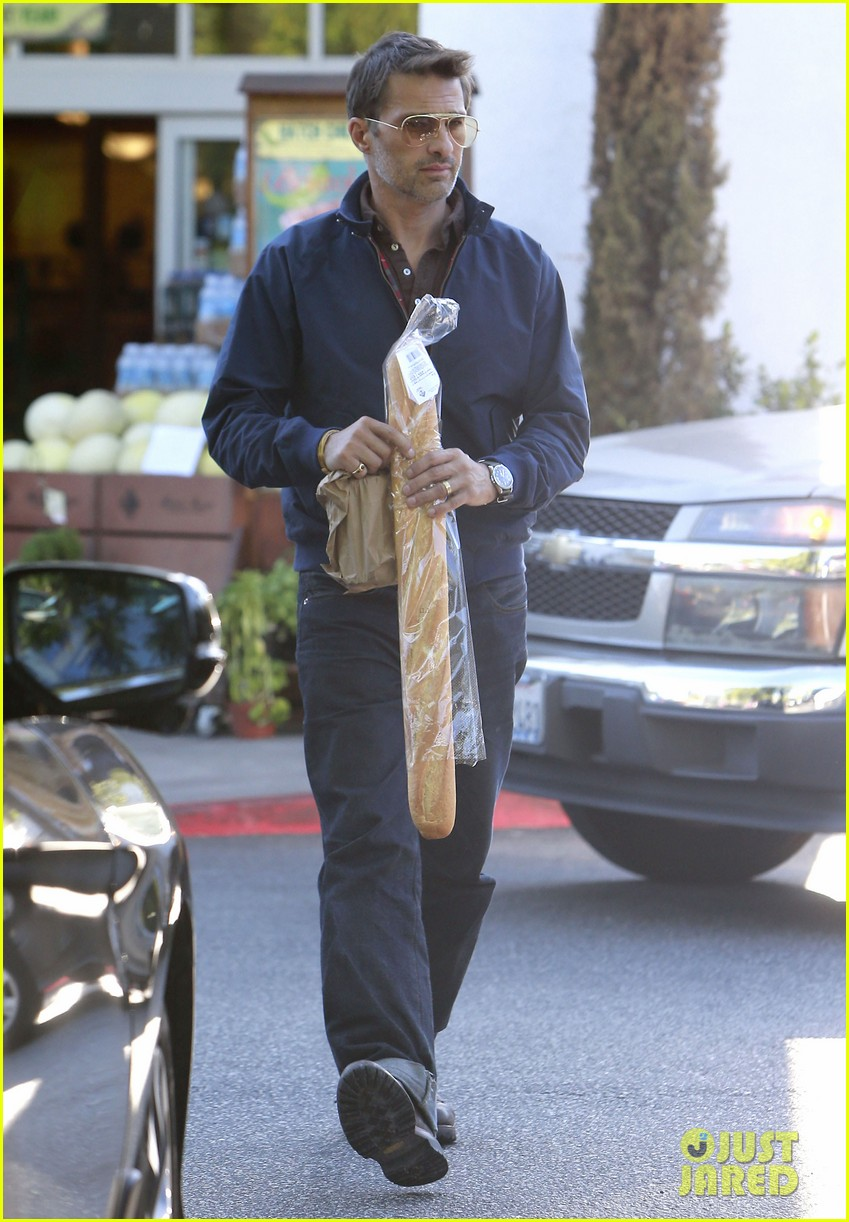 olivier martinez buys two baguettes in one week 012926613