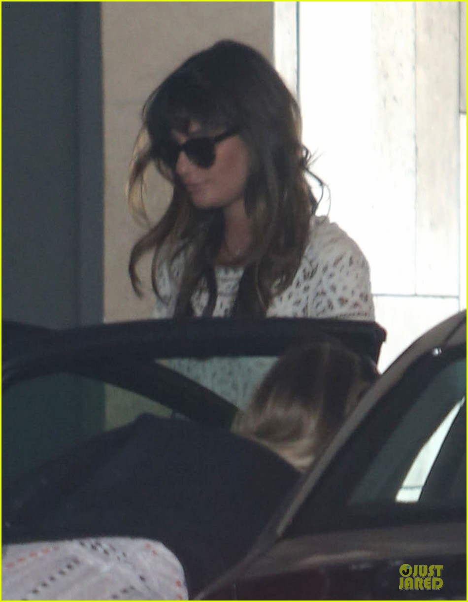 lea michele bravely steps out after cory monteith death 02