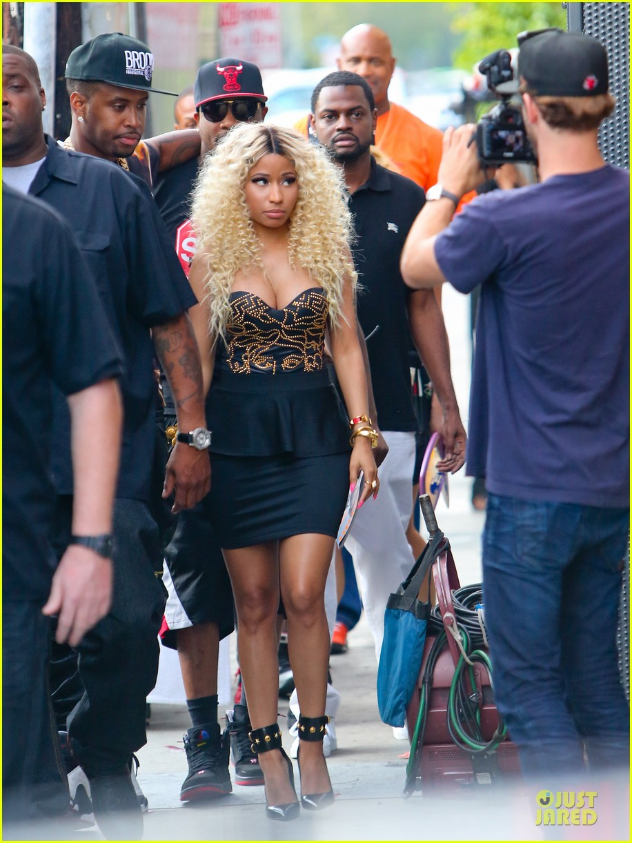 nicki minaj chris brown love more music video shoot 03