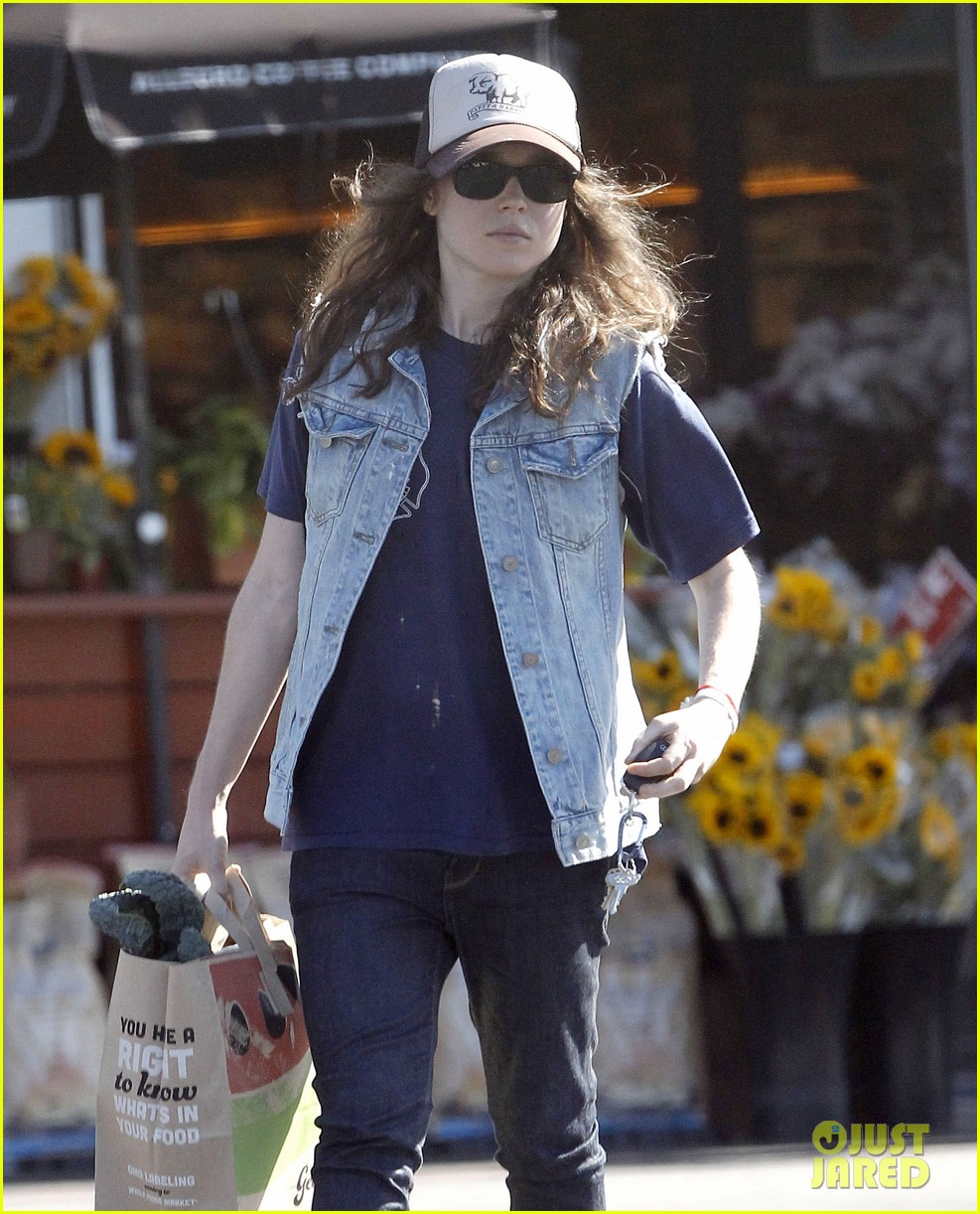 ellen page grocery shops after caution tape day 04