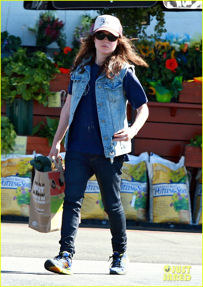 ellen page grocery shops after caution tape day 062926597