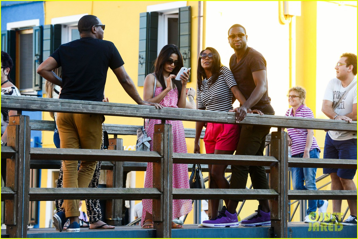 freida pinto venice sightseeing with gabrielle union dwyane wade 162941071