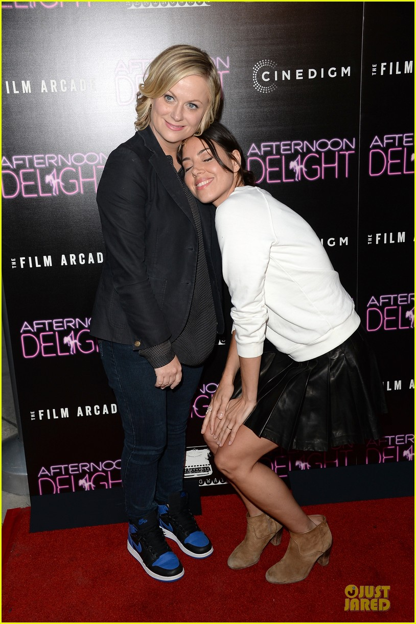amy poehler kathryn hahn afternoon delight premiere 032933792
