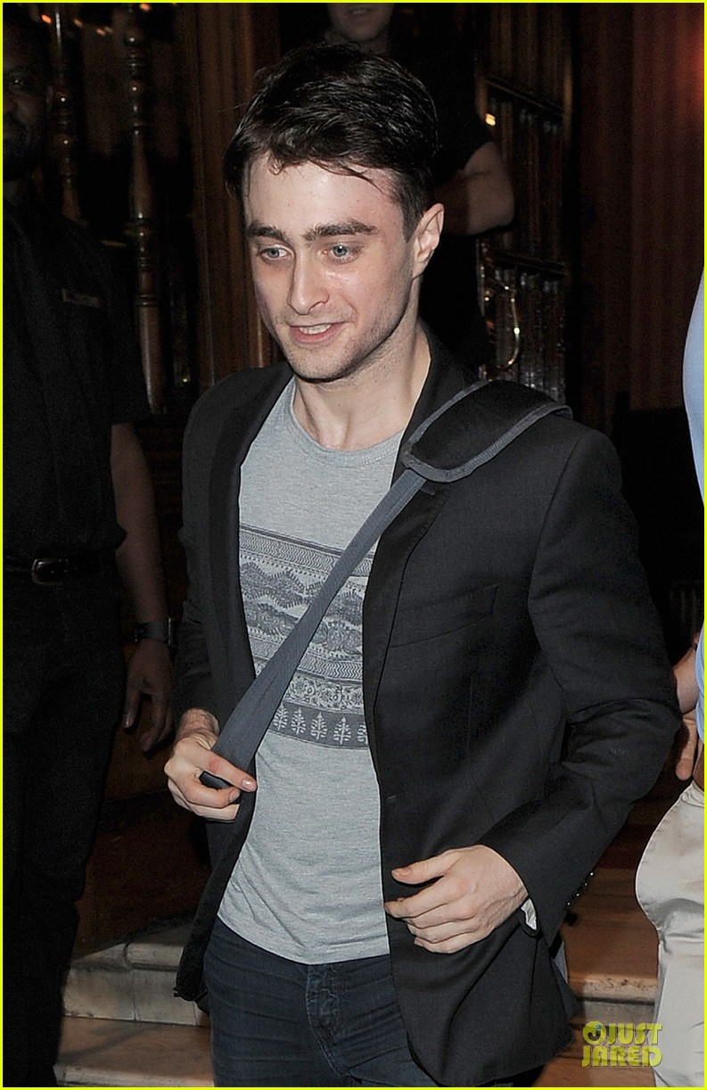daniel radcliffe coast to coast for the cripple of inishmaan 042931520