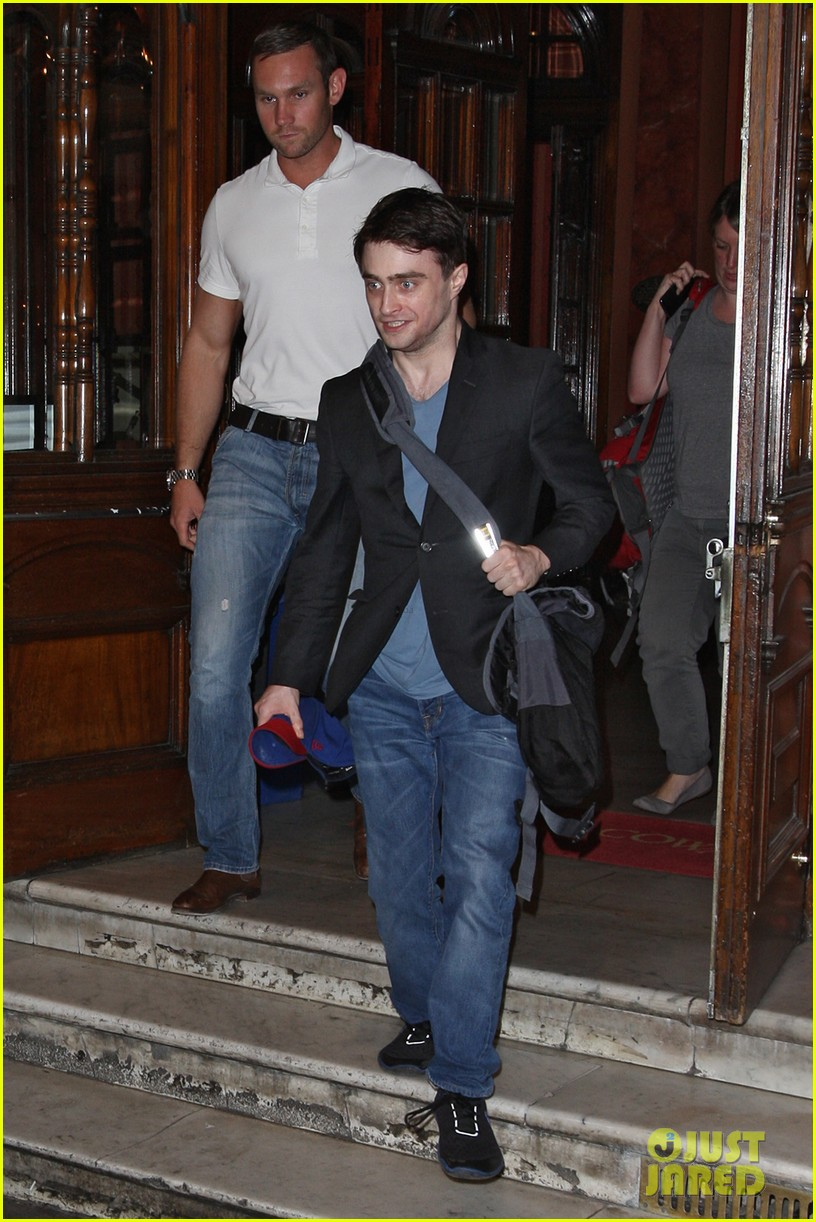 daniel radcliffe im out of my comfort zone on stage 10