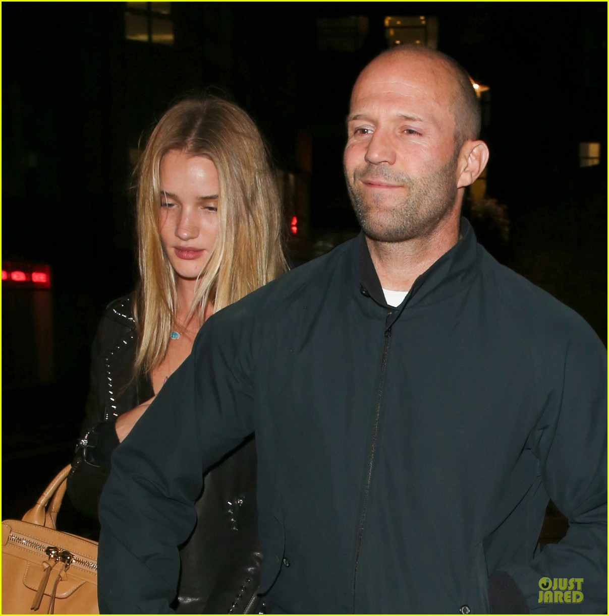 rosie huntington whiteley jason statham hold hands after london dinner 09