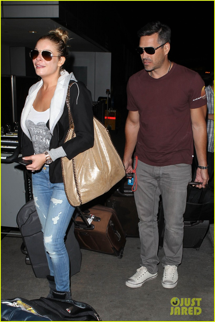 leann rimes birthday lax arrivial with eddie cibrian 08