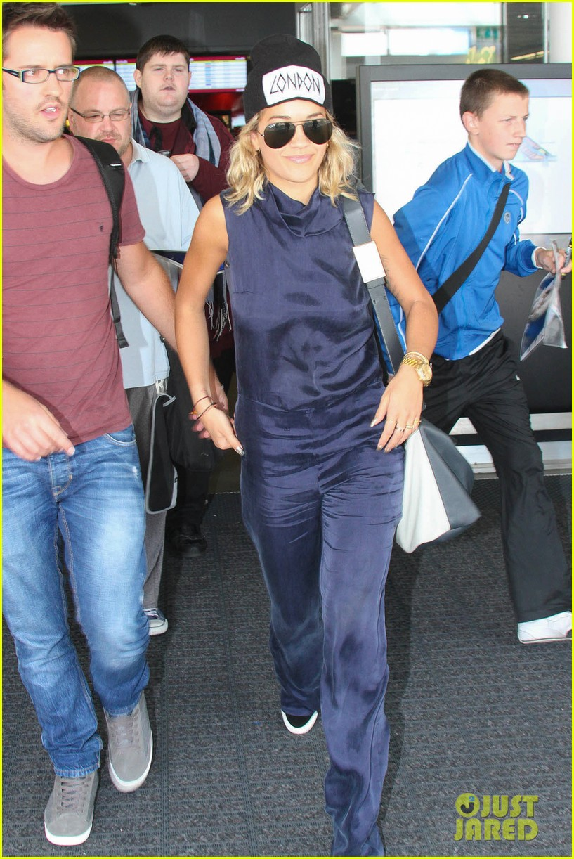 rita ora fan friendly dublin arrival before lytham proms festival 092923564