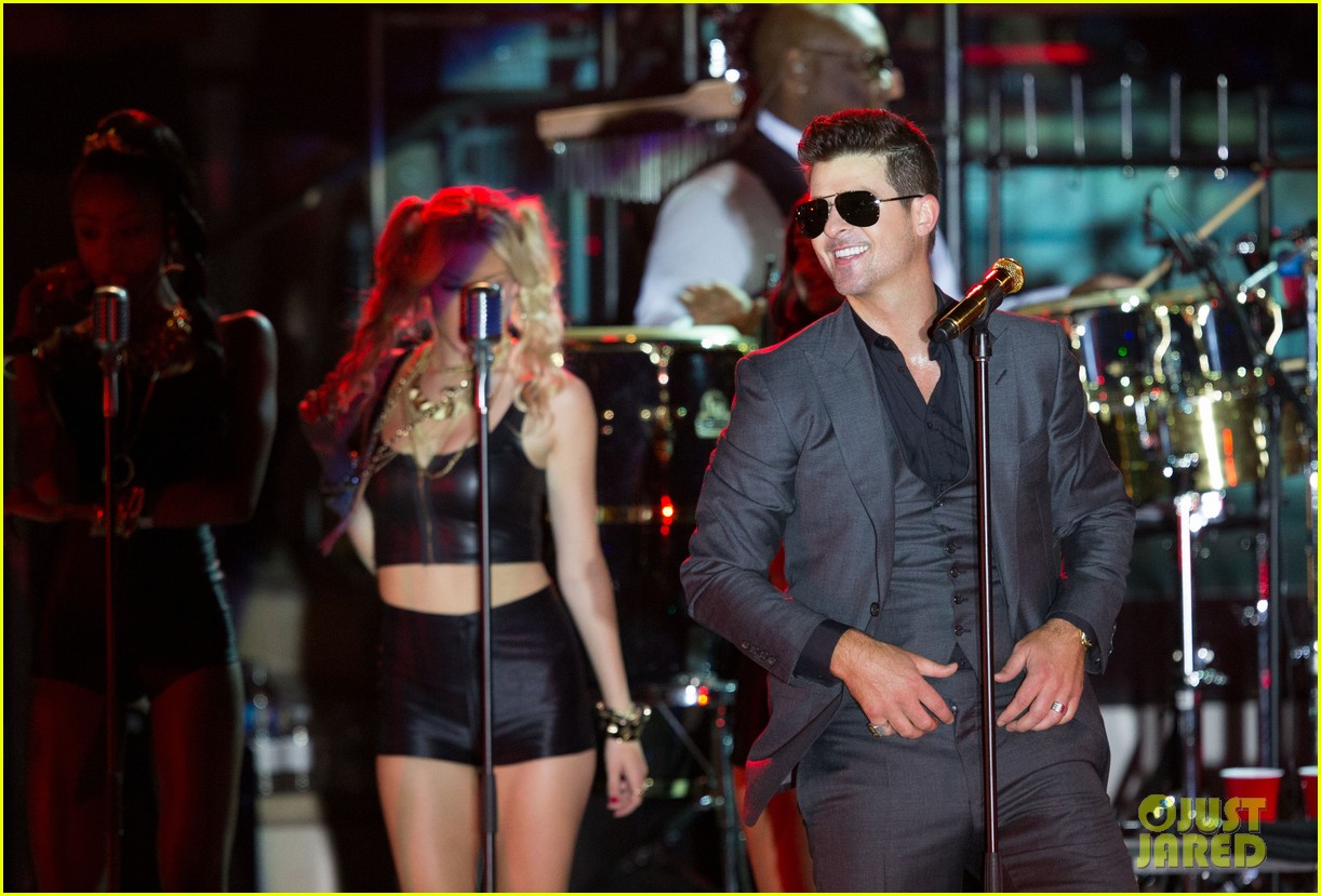 robin thicke files lawsuit to protect blurred lines 26