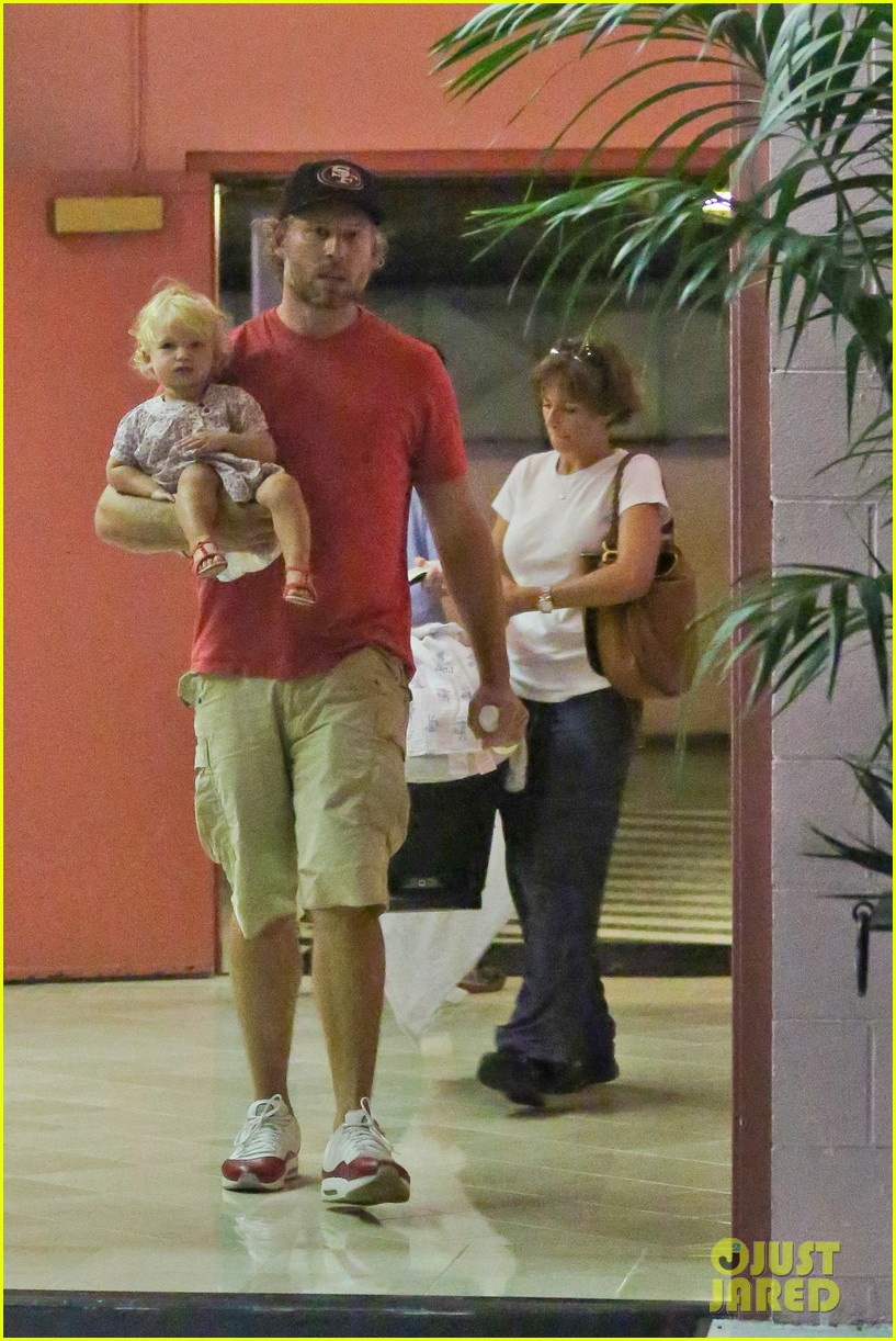 jessica simpson eric johnson step out after aces birth 01