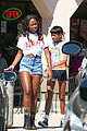 willow smith matches tye dyed hair with tye dyed shirt 08