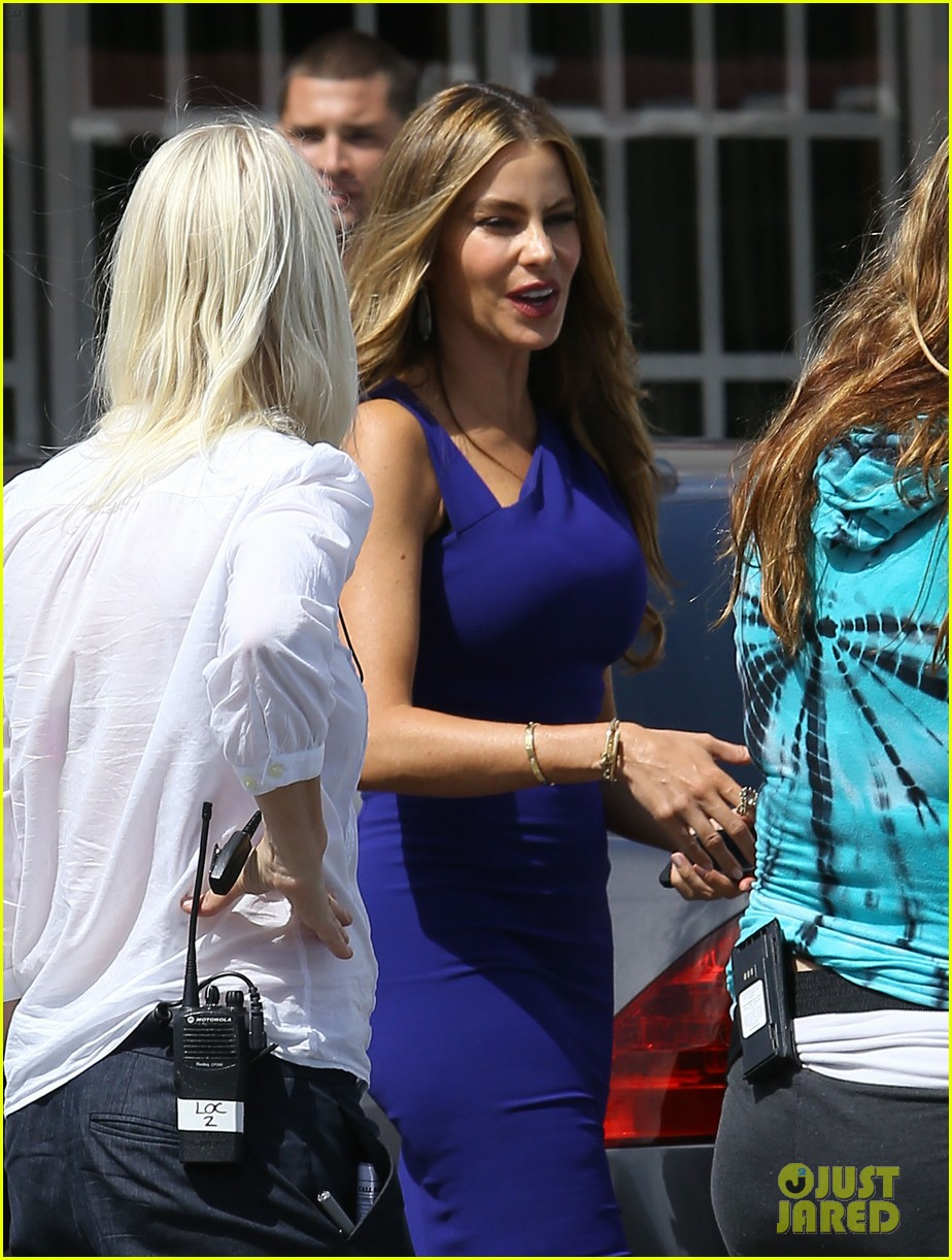 sofia vergara films chef in miami 36