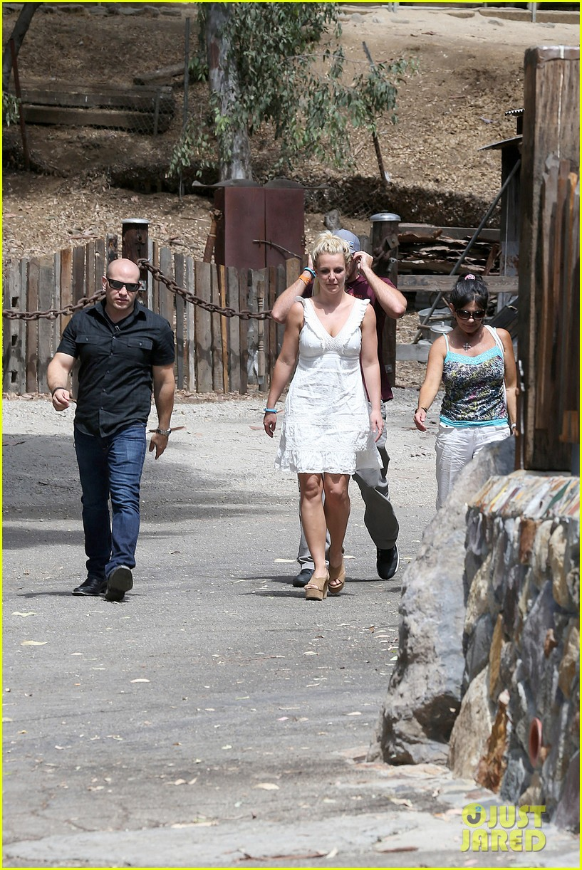 britney spears lunches with david lucado mom lynne 132941418