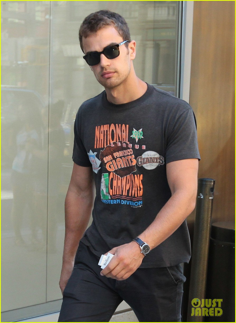 theo james pre vma outing in nyc 022937296
