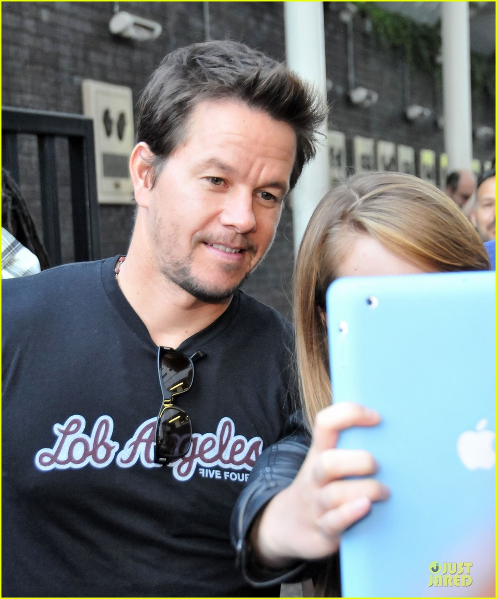 mark wahlberg gives advice for justin bieber 11