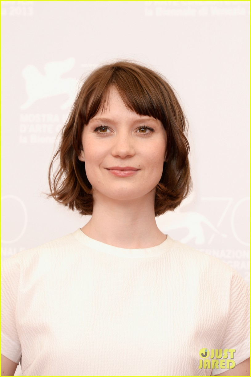 mia wasikowska tracks venice photo call 102940056