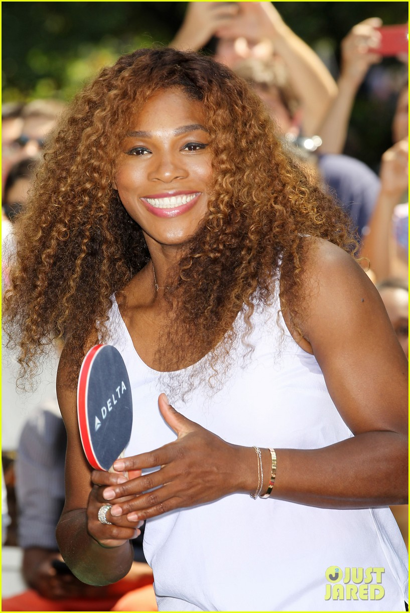serena williams sports two hairstyles in one day 13