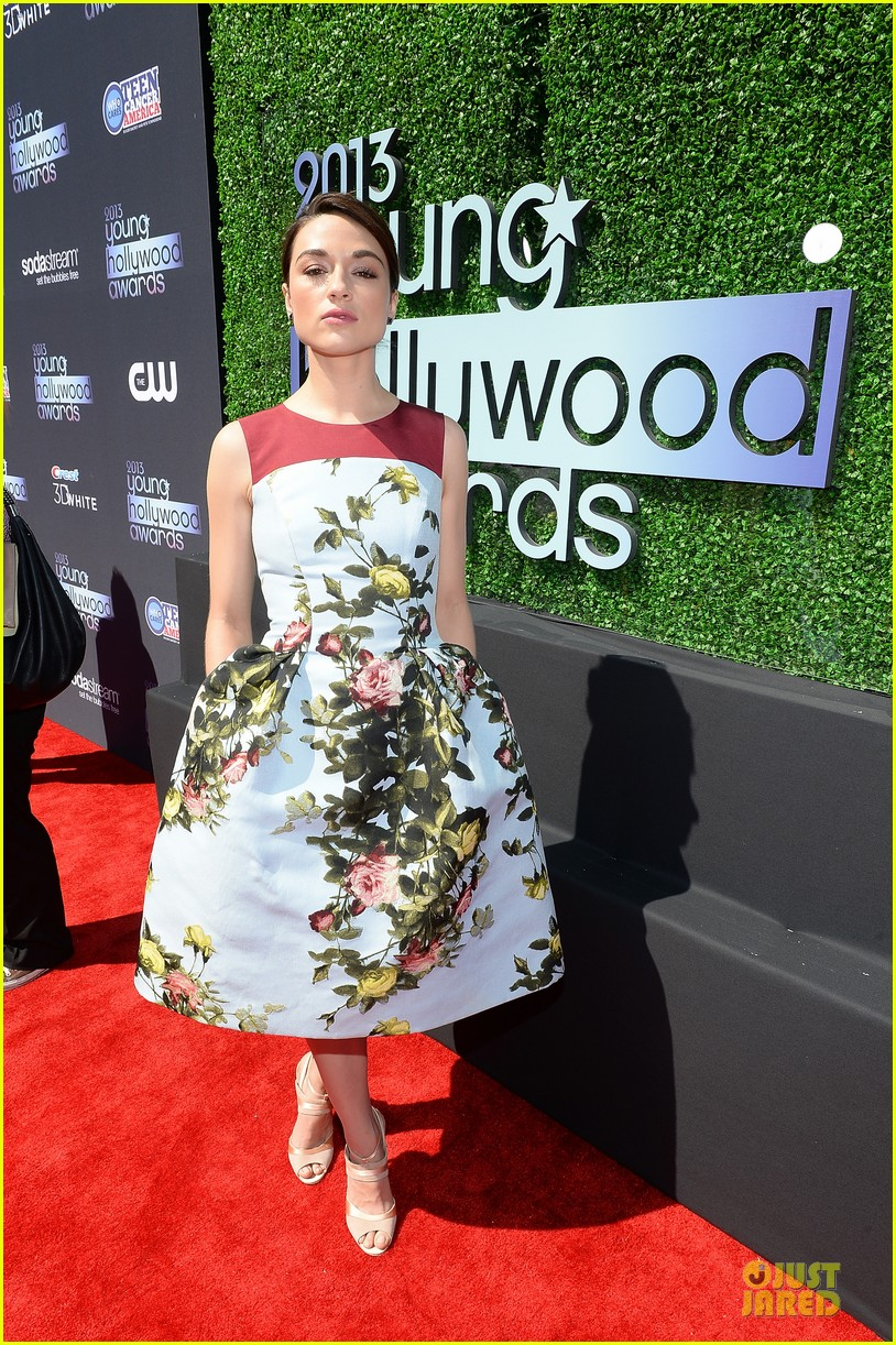 teen wolf cast at young hollywood awards 2013 08