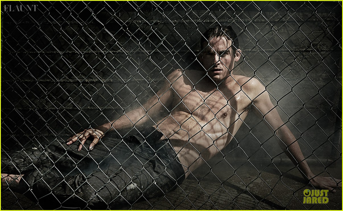 kevin zegers shirtless for flaunt dye issue 05