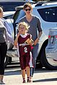 ben affleck gets hugs from violet after big family outing 18