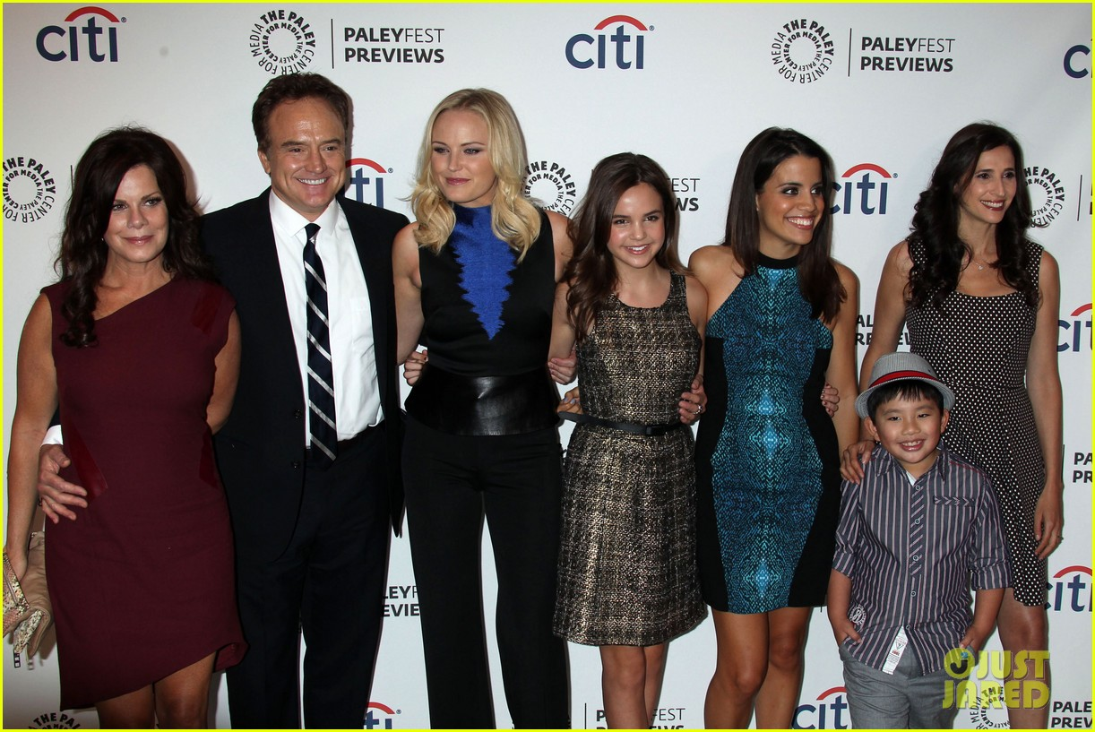 malin akerman trophy wife at paleyfest previews 2013 12