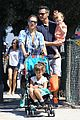 jessica alba farmers market fun with family after nyfw 31