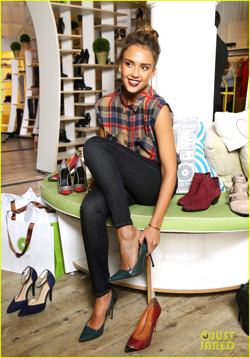 jessica alba piperlime welcomes its new guest editor 02