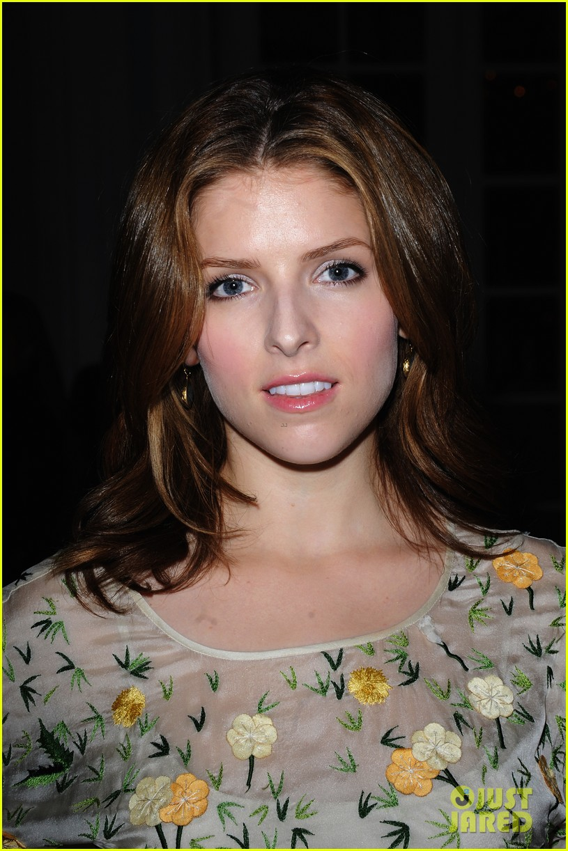 anna kendrick temperley london vivienne westwood shows 04