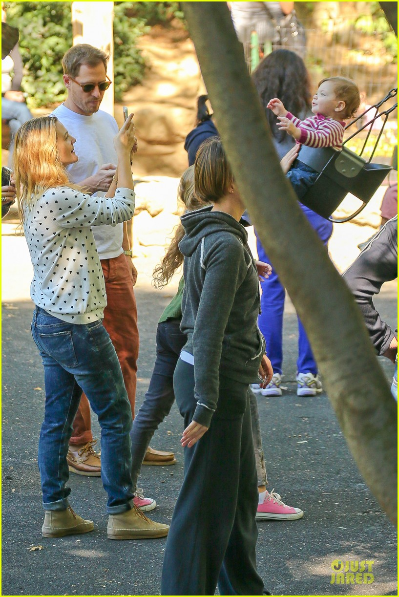 drew barrymore will kopelman central park fun with olive 032962215