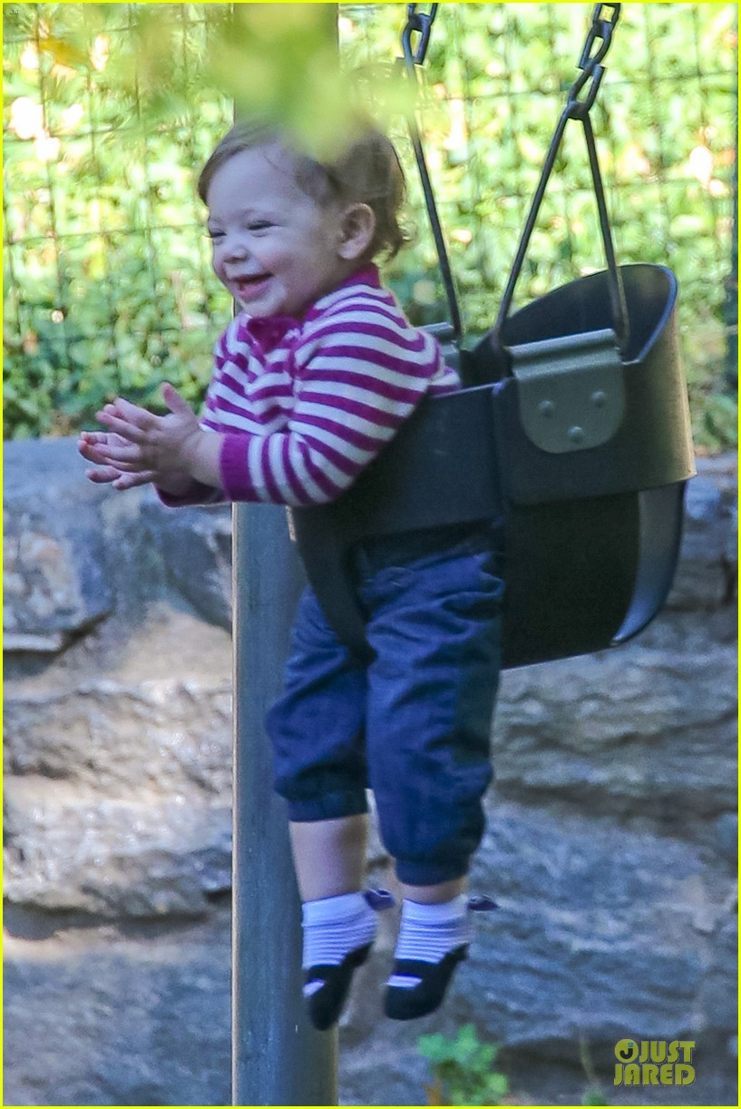 drew barrymore will kopelman central park fun with olive 17
