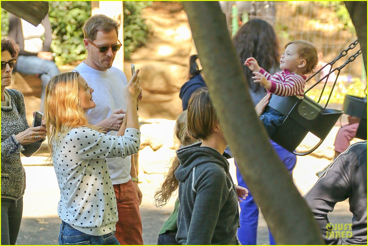 drew barrymore will kopelman central park fun with olive 18