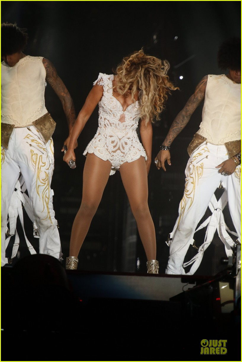 beyonce rock in rio opening night performer 242952353