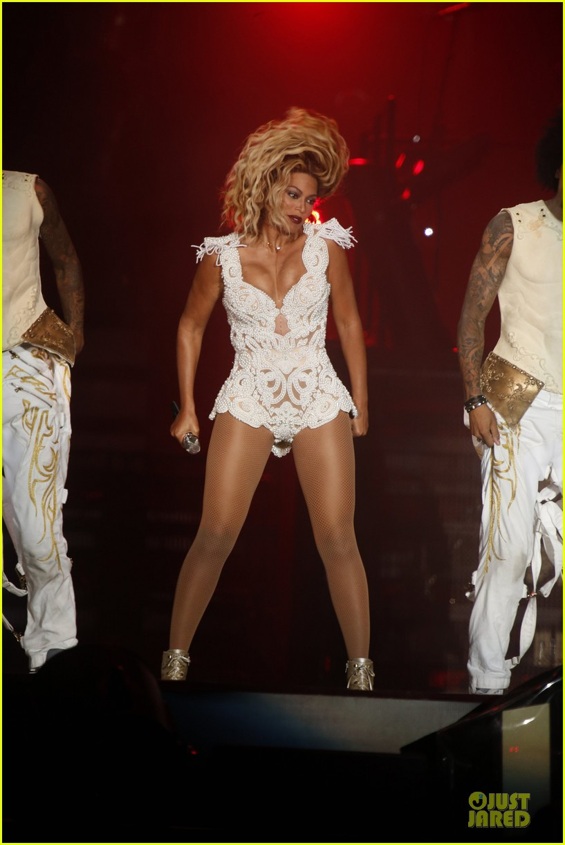 beyonce rock in rio opening night performer 27