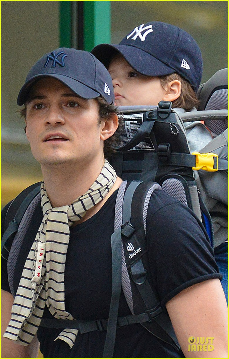 orlando bloom flynn matching new york yankees duo 052953714