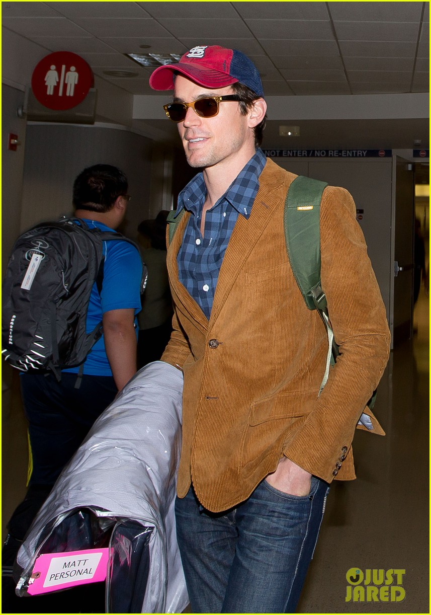 matt bomer emilia clarke land in los angeles for emmys 03